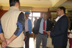 Informal-conversation-during-break-session-of-Bioenergy-seminar