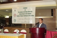 Mr.-Ganeshman-Pun,-honorable-supplies-Minister-of-Nepal-presenting-his-views-on-alternative-energy